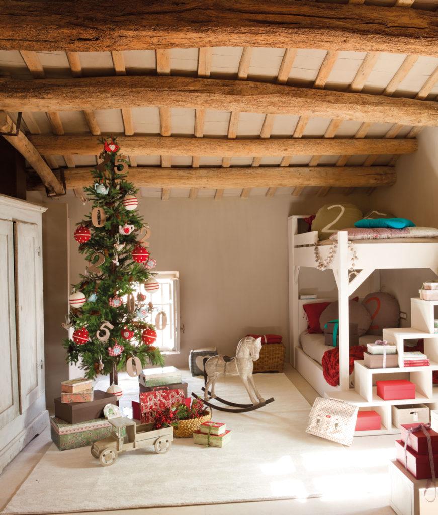 Árbol de navidad habitacion de los niños