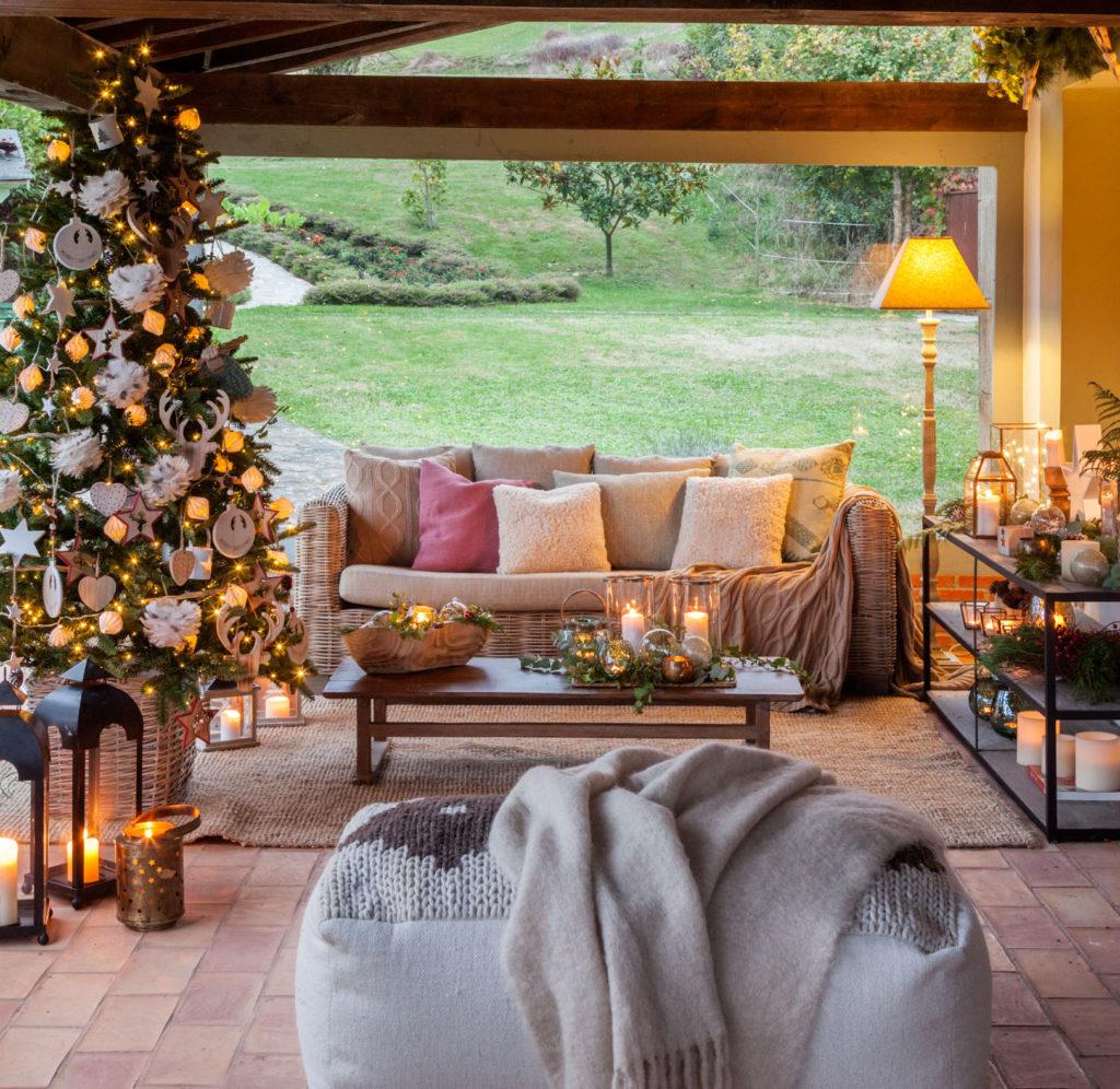 Árbol navidad en la terraza