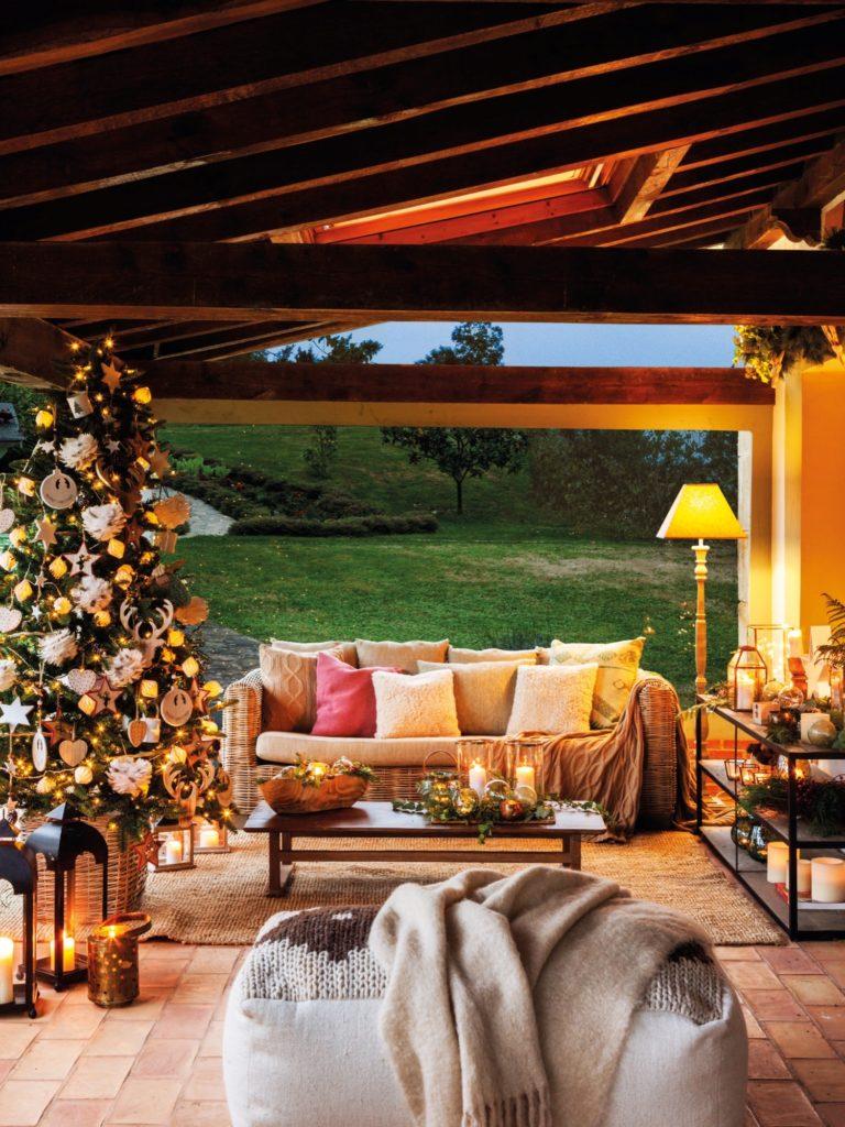 Árbol navideño porche