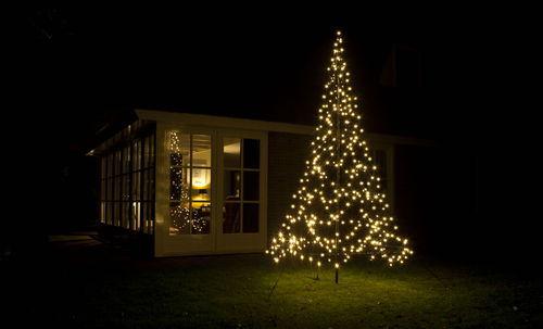 arboles de navidad para decorar exteriores